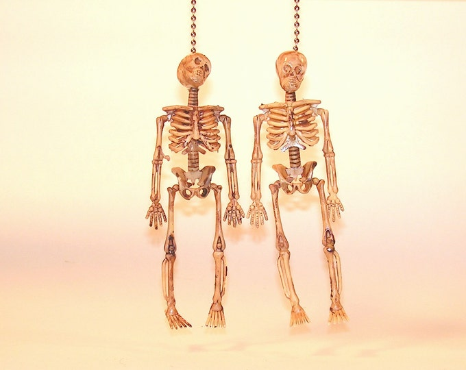 Halloween Decoration Skeleton Ceiling Fan Light Pull Chain