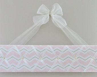 READY TO SHIP, Original Girls French Accessory Hanger and Bow Holder - Pink White Gold Chevron - 6 hooks