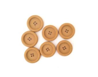 7 Large Caramel Brown Vintage Buttons