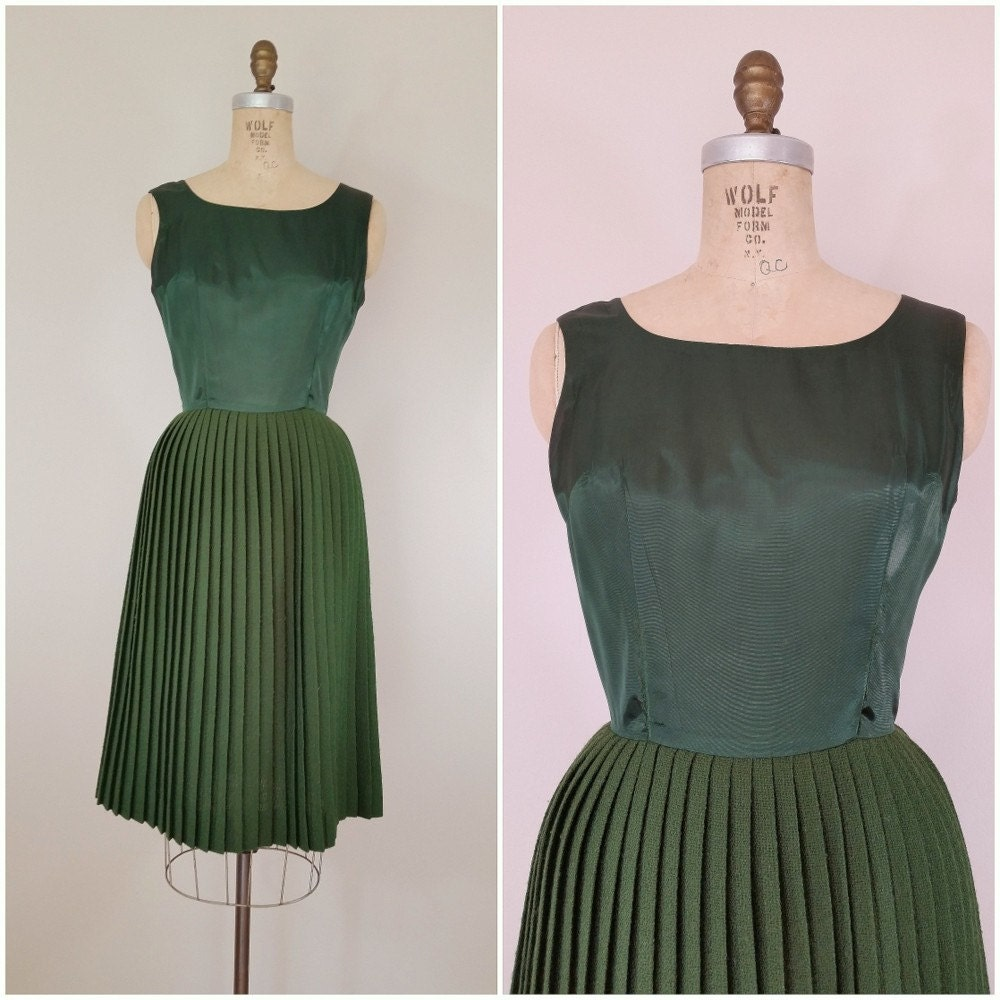 vintage 1950s dress emerald green cocktail dress pleated