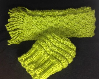 Knit scarf, honeycomb stitched scarf, chunky knit winter scarf, wool scarf, green winter scarf