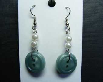 Pretty Pearls & Green Button Earrings