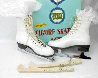 Vintage Hyde Figure skates in original box white ladies ice skates size 5.5 ice skates with guards girls ice skates womens ice skates