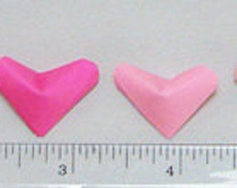 Small Origami Hearts (100): Valentine-Colors Paper Hearts (red, pinks, purple, white)