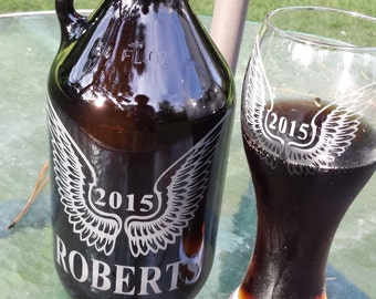 Engraved beer growler and set of 2 glasses, homebrew beer growler, personalized growler,family name, wedding gift, groomsmen gift, est. date