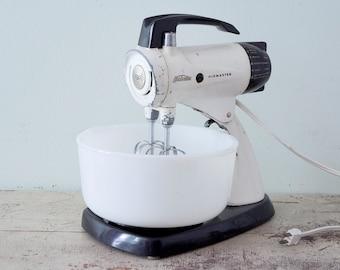 Stunning off white Sunbeam Mixmaster and Original Milk Glass Mixing Bowl - Model 12 - 1956