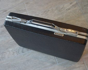 Awesome Vintage American Tourister Briefcase