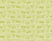 SNAPSHOTS  Riley Blake  Camera Fabric, 1 yard pre-cut, C4071-Green, Snapshots Family GReEN