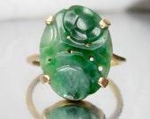 Vintage Art Deco Carved Jade Flowers 14K Ring