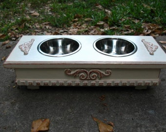 Elevated Dog or Cat Bowl Pet Feeder Antique White Cottage Chic Distressed, Pet Feeding, Pet Station 2 One Pint Stainless Bowls Made to Order