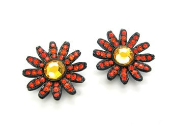 Rhinestone Daisy Earrings. Orange & Topaz Mirror Glass. Black Japanned Setting by Capri. Mod Clip Ons. 1960s Vintage Flower Power Jewelry.
