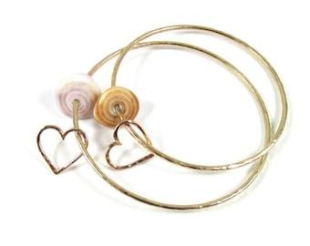 Hawaiian Puka Shell Bangle, Gold Hammered Heart, Hawaii Beach Jewelry, Anniversary, Christmas Gift Idea, Sweetheart Bracelet, Love, Handmade