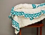 Mid-Century Full Size Chenille Bedspread