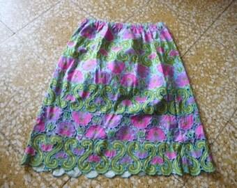 Vintage  embroidered elastic skirt