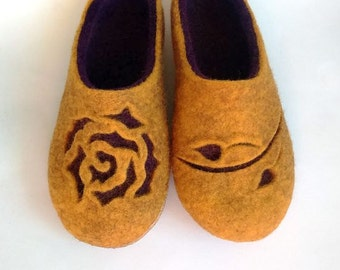 Felted slippers Women house shoes Ecological felt slippers Wool slippers Women felt slippers