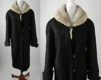 Vintage Coat, Vintage Black Coat, Vintage Lambswool Coat, Curly Wool Coat, Retro 1950s Coat, Women's Vintage Coat, 1950s Black Wool Coat