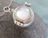Ball Locket Necklace. Ball Silver Locket. Keepsake Necklace. Antique Silver Locket. Long Necklace. Round Small Locket, Christmas Gift