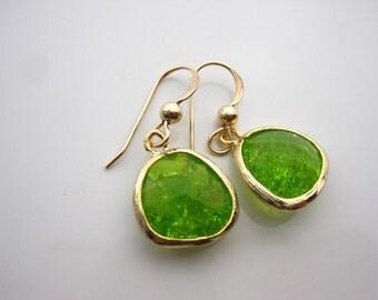 Earrings, Crackle glass bezel, 14k gold filled earrings, Applegreen crystal, Peridot glass earrings