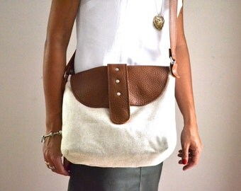 Leather Linen Messenger Crossbody Bag, Linen Tote, Leather Tote, Back To School Bag, Gift For Her, Teachers Day Gift, Natural Linen