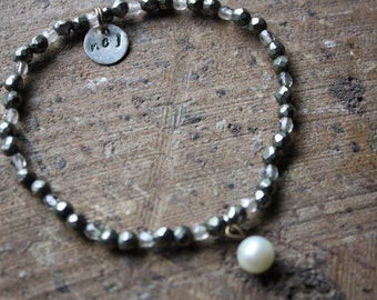 Pyrite, crystal and pearl bracelet
