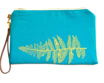 Hand painted, hand sewn, canvas wristlet purse - Natural with White Fern