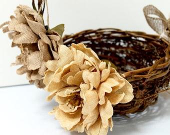 Flower Girl Basket / Rustic Flower Girl Basket / Wedding Basket / Flower Girl / Wedding Decorations / Burlap Flower Basket / Rustic Wedding