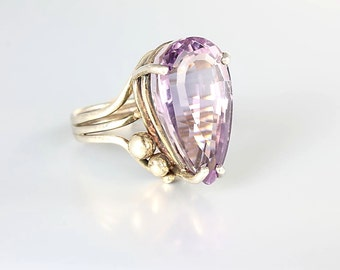 Amethyst Sterling silver Ring, vintage Modernist Pear Cut size 8 Ring, Large stone