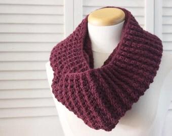 Knitting Pattern Cowl Infinity Scarf - Burgundy Bordeaux Marsala - Knitting Pattern