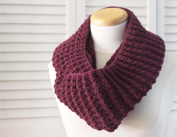 Knitting Pattern Infinity Cowl : Knitting Pattern Scarf, Infinity Cowl, Wool, Burgundy, Bordeaux