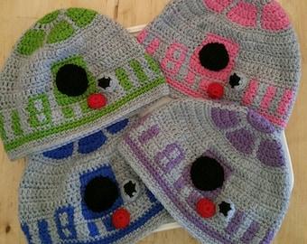 Star Wars Crocheted R2-D2 Hat.