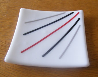 1 Small Fused Glass Trinket Dish/Plate