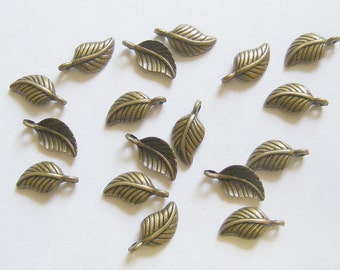 25 Metal Antique Bronze Leaf Charms - 15mm