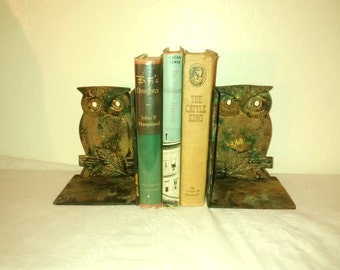 Vintage Owl Bookends , 1960's Decor , Cast Iron