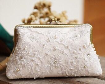 Bridal Ivory Clutch Purse/ Vintage inspired / wedding bag / bridesmaid clutch / Bridal clutch