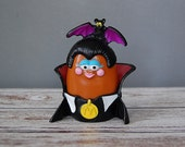 Chicken McNugget Buddies, McDonald's Happy Meal Toys, Halloween Monster Mcnugget, Chicken McNugget Dracula + 2 Extra Pieces