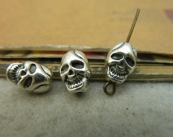 30pcs 7x8x10mm The Skull Silver White  Retro Pendant Charm For necklace Jewelry /Pendants C4187