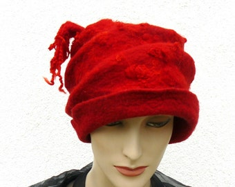 For large read Felted Hat Handmade Merino wool - Red
