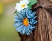 Petal Brite reflective flower zipper pull