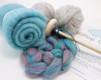 Drop Spindle Kit Turquoise - Learn to Spin- 150g (5.3oz) combed top, roving, batt, a spindle and beginner instructions