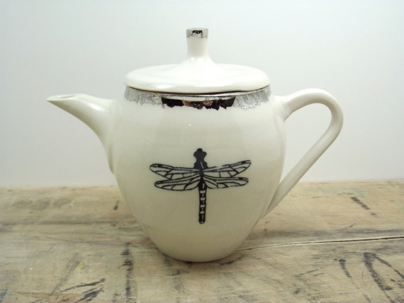 Dragonfly White & Silver Porcelain Large 20oz. Teapot