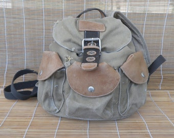 Vintage Faded Beige Canvas Medium Size Bag Backpack 3 Pockets Rucksack