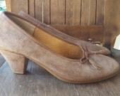 CUTIE   ///    Suede Loafer Heels