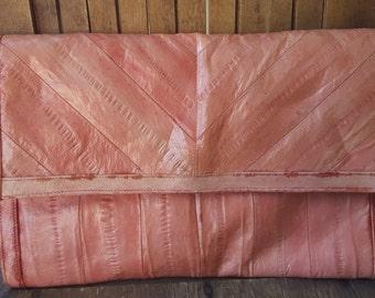 SALMON    ///     Eel Leather Purse