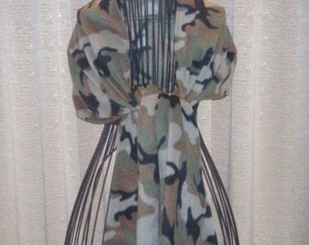 Camouflage Fleece Extra Wide Scarf warm toasty camo fleece
