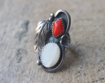 Coral Mother of Pearl RING / Navajo Style Jewelry /  Southwestern Double Stone Ring