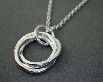 """3 Rings Necklace 1/2"""", Interlocking Rings,  30th Birthday Necklace, Sisters Necklace, 3rd Anniversary, Sterling Silver Necklace"""