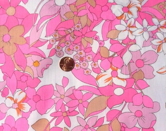"""1970's Faux Silk Pink Flowers on a White Background - 2 Yards, 8"""""""