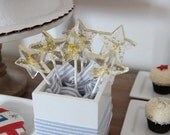 10 STAR WAND LOLLIPOPS with Gold Edible Stars
