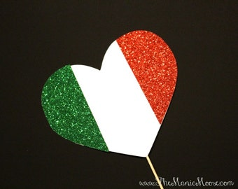 Photo Booth Props ~ GLITTERY Italian Flag Heart  - Italy Flag - GLITTER Photobooth Prop