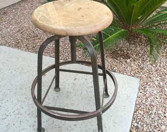 Industrial drafting stool wood swivel seat steel legs stamped H.E. Beyster Corp. Detroit Architects & Engineers